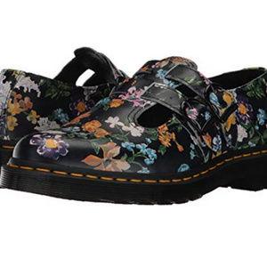 8 Doc Martins 8065 WL Floral Mary Jane Black DR